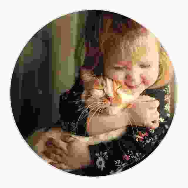 enfant et animal de compagnie