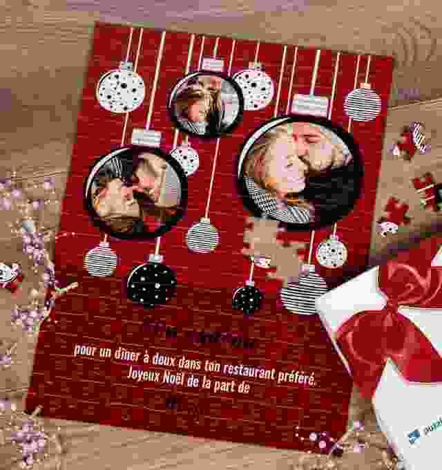 Chèque cadeau de Noël sur un puzzle